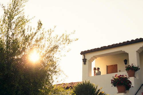modern-barn-wedding-ojai-valley-inn-mi-belle-photography-18