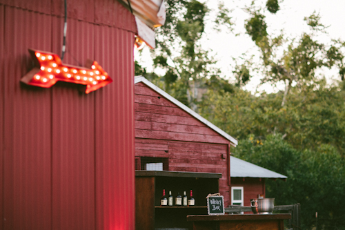 modern-barn-wedding-ojai-valley-inn-mi-belle-photography-22
