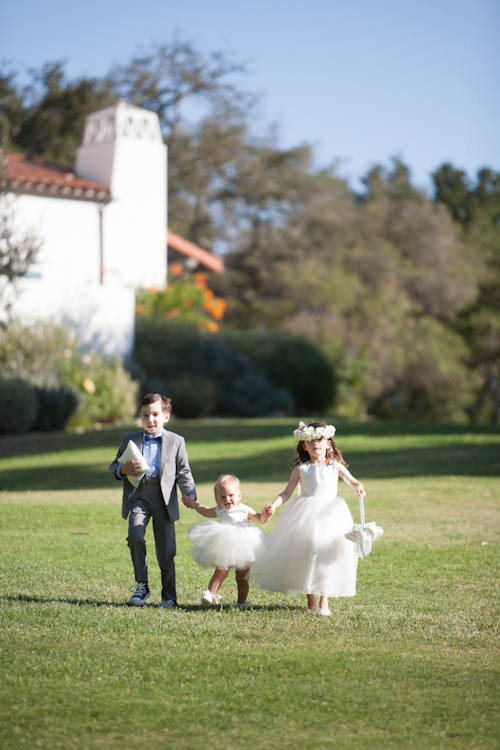modern-barn-wedding-ojai-valley-inn-mi-belle-photography-9