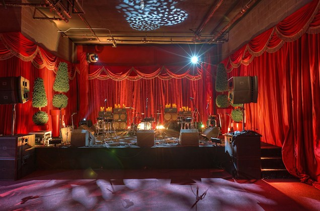 Iconic-Event-Studio-Redbury-Revelry-Event-Design-4