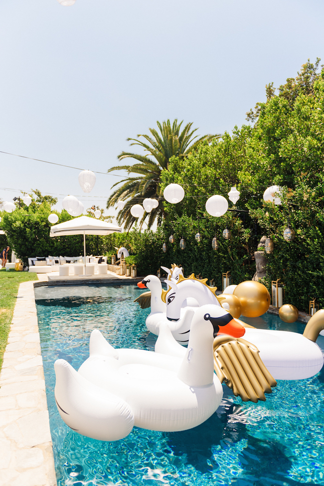 Revelry_Event_Designers_Sonia_Sharma_Events_Labor_Day_Pool_Party7