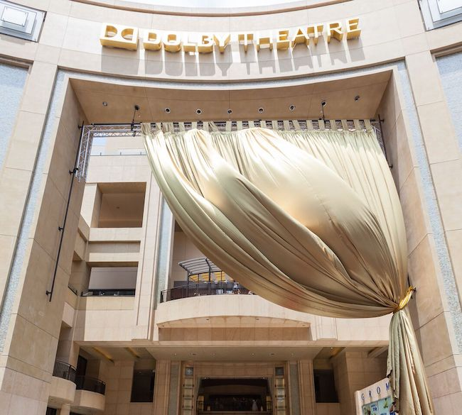 Wedding-Entrance-Dolby-Theatre-Revelry-Event-Designers10