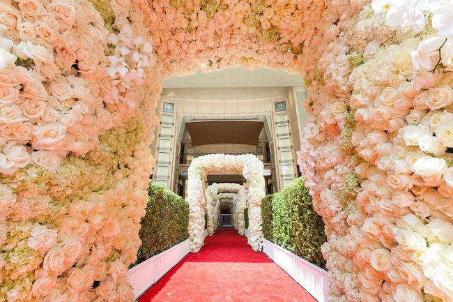 Wedding-Entrance-Dolby-Theatre-Revelry-Event-Designers7